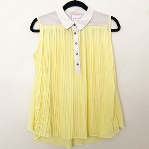 Romeo + Juliet Couture Yellow Sleeveless Blouse